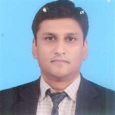 Dr. Adnan  Qamar